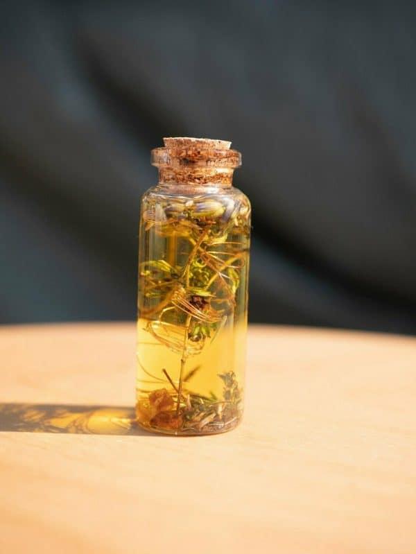 portez cette huile magique de la chance pour l'attirer à vous !